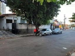 Título do anúncio: Casa Comercial para Locação em Salvador, Pituba, 4 dormitórios, 1 suíte, 2 banheiros, 3 va