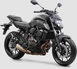Moto Mt-07 com lance aprovado