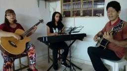Contrabaixo, violão e teclado individual ou em grupo