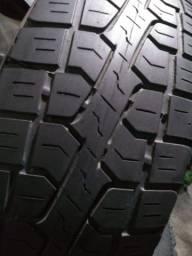 Título do anúncio: 205/60/16 semi novos muito novos marca Pirelli Scorpions originais. 4 peças iguais.