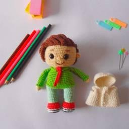 Título do anúncio: Boneca (o) de crochê amigurumi
