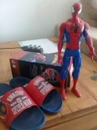 Chinela( n34 )e boneco homem aranha