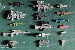 Lote armas miniatura , 50 reais