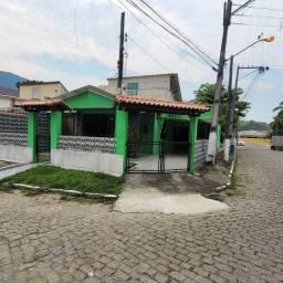 Título do anúncio: Imobiliária Nova Aliança!!! Vende Excelente Casa Mobiliada na Praça do Skate em Muriqui