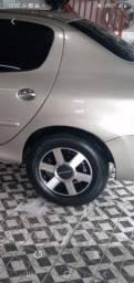 Vendo jogo de rodas 14 filé com pneus  filé  furacão 4x100  e 4x108