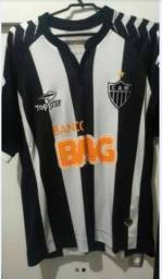 Camisa original do Atlético Mineiro 2012. Era Ronaldinho.  Numero 12