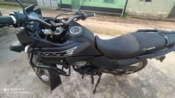 Uma motocicleta