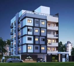 Apartamento na Torre, 2 Quartos, Varanda, Área de Lazer!!