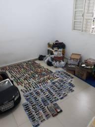 Miniaturas da hotwheels de diversos modelos  mais de 700  em estoque para vc escolher
