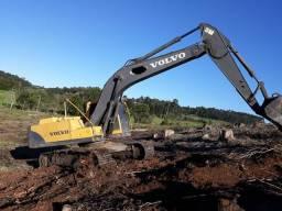 Escavadeira Volvo 210Blc