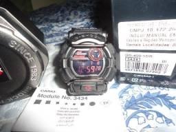 Usado, G-Shock GD-400-1DR. Autentico, oportunidade! comprar usado  Lauro de Freitas