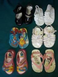 Sandálias e tênis