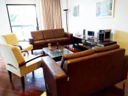 Vendemos um apartamento 4/4 no Edifício Turmalina