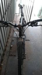 Bike aí filé acho q é 24/26