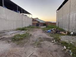 Vendo terreno de frente para Rodovia Amaral Peixoto Cabo Frio RJ