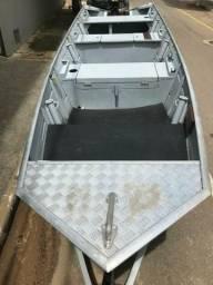 Barco motor e carreta - 2018