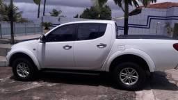 L200 triton hpe 3.2 4x4 diesel 2013/14 R$67.500 - 2014