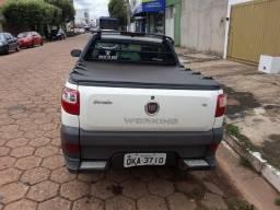 Fiat/ Strada Cabine Estendia 15/15 - 2015