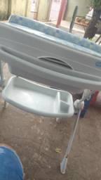 Vendo trocador com banheira
