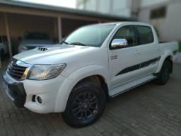 Toyota Hilux LIMITED 2015 IPVA 20 pago - 2015