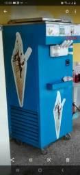 Troco máquina de sorvete expresso por carro