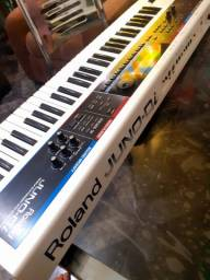 Aula de teclado do básico ao avançado