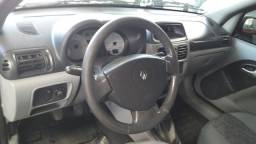Título do anúncio: Clio Sedan 1.6 Flex completo ano 2007 por 16.900,00 TEL WHATSAPP *