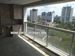Singolare, 133m2. Av. Recife Adrianópolis, três suítes, duas vagas, ótimo andar