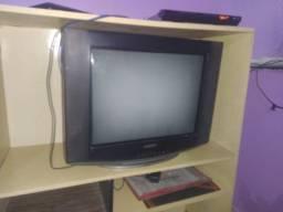 TV Samsung em ótimo estado