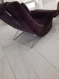 Poltrona com apoio p pés