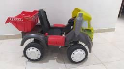 Caminhão caçamba Brutus de pedal