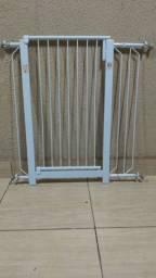Grade de proteção para porta