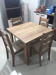 Mess quadrada 4 cadeiras marrom