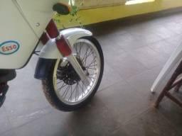 Moto Yamaha tenere 600