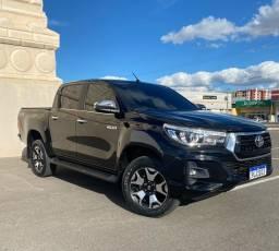 Toyota Hilux SRX 2019. Disel 4x4