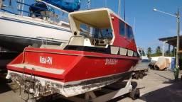 Título do anúncio: Lancha Barco 27 pés Diesel Pesca Laser Passeio