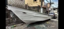 Bote de alumínio