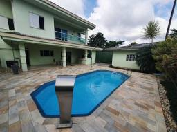 Título do anúncio: Casa com 252m²  no América - Joinville - SC