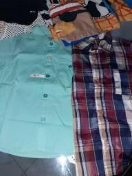 Vendo porta de roupas de bb