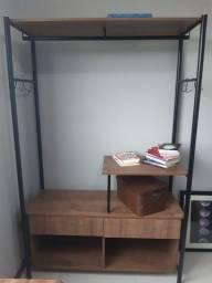 Armário aberto tipo closet