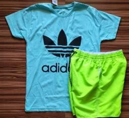 Camisa masculina + shorts neon