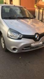Título do anúncio: Vende - se Renault Clio - bem conservado.