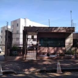Apartamento para alugar com 3 dormitórios em Jd vila emilia, Maringá cod:41610000926