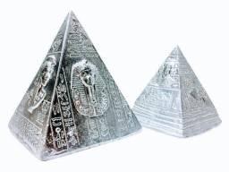 Enfeite Decorativo Sala Pirâmides Egípcias Prata Em Resina 2 unidades