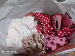 Lote de roupa crianças