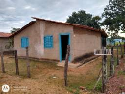Vendo essa casa no interior do Tocantins.  . Informações *