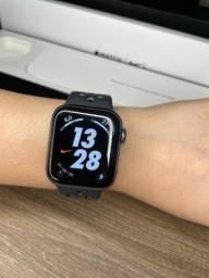 Título do anúncio: Apple Watch series 4 Nike