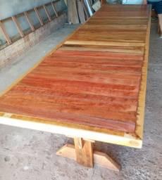 Vendo mesa de madeira de demolição