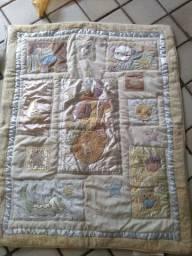 Manta acolchoada com apoio para berço ou travesseiro
