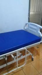 Cama hospitalar com colchão R$ 2.000